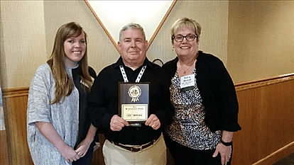 Curt Dosal awarded.png