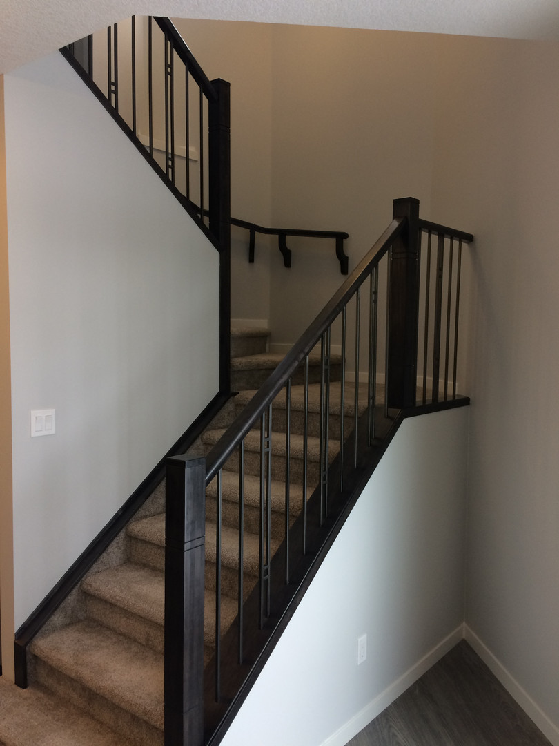 Stairs with mid landing