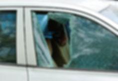 Réception centre de vitrage automobile