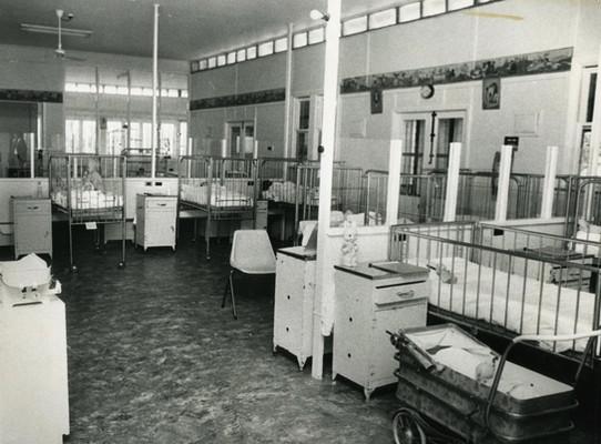 Mooroopna_Hospital_Children's_Ward_1976.
