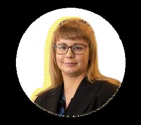Misdiagnosis, Stage 4 Endo and an Ileostomy: Sally Power's Endo journey