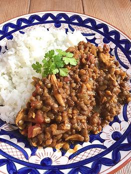 山上さんレンズ豆とキノコのカレー.jpeg