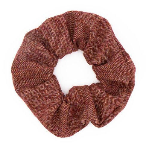 Chouchou laine cerise motifs chevrons
