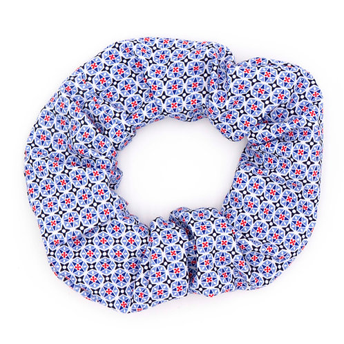Chouchou motifs géométriques British bleu clair