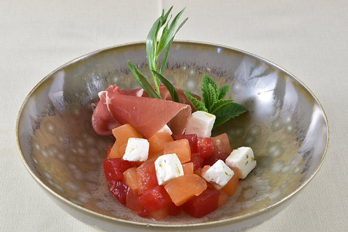 Charantais- Wassermelonensalat/ Estragon/ Serrano Schinken/Limone/Schafskäse