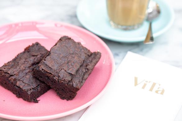 Vita Cakes-2.jpg