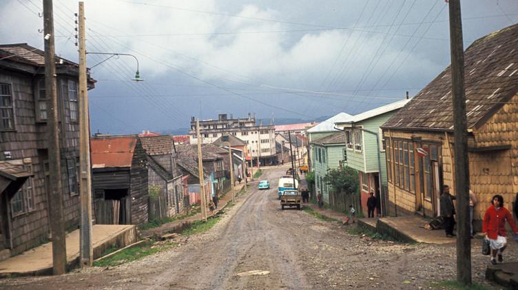 Antiguas casas de Ancud, 1965.
