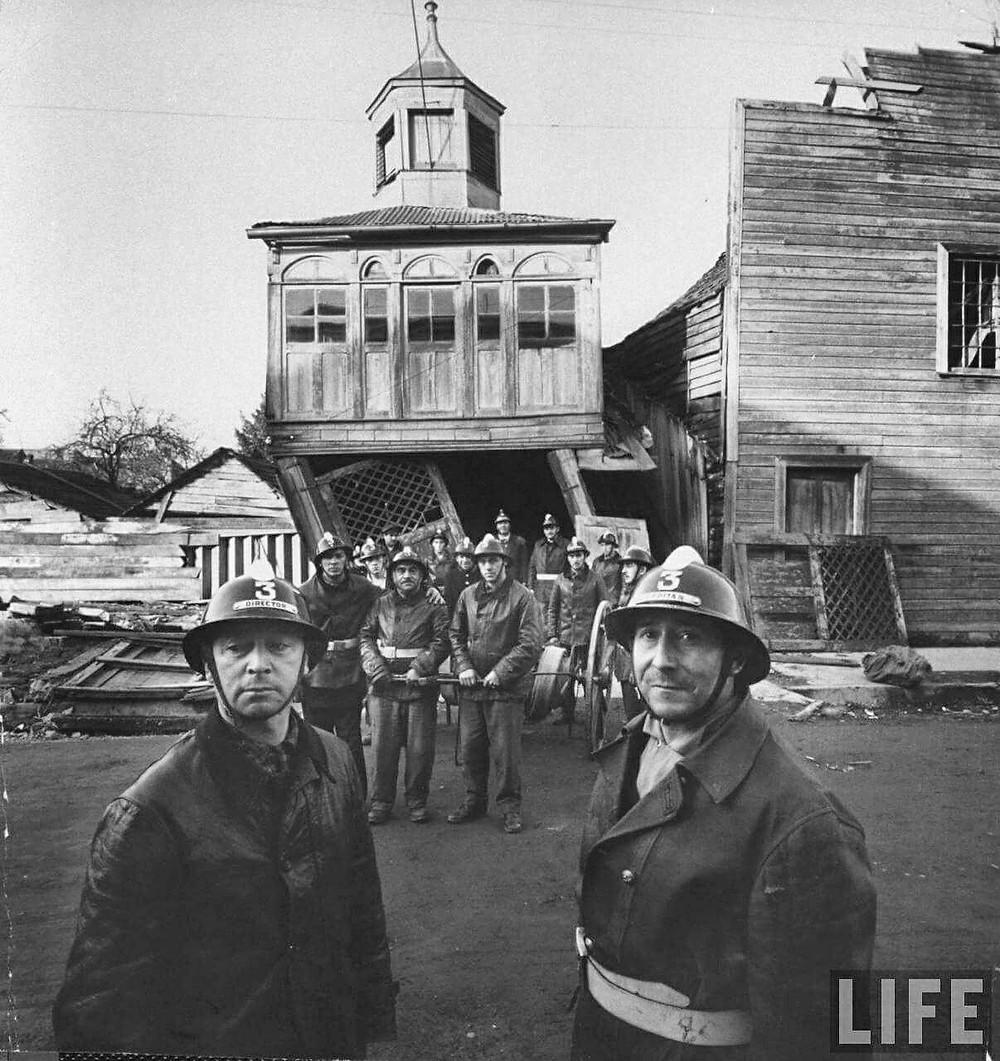 Tercera Compañía de bombero de Castro. Foto: Revista Life