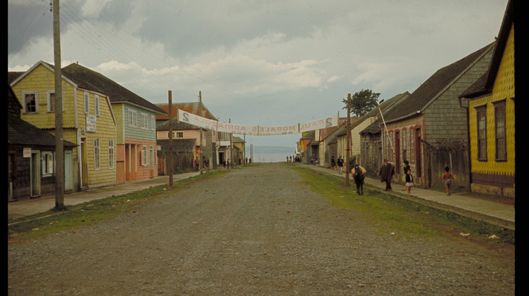 Una vista del centro de Achao, 1965.