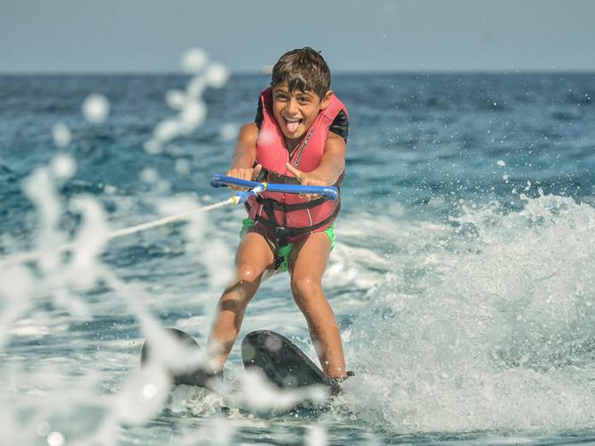 waterski kids -1.jpg