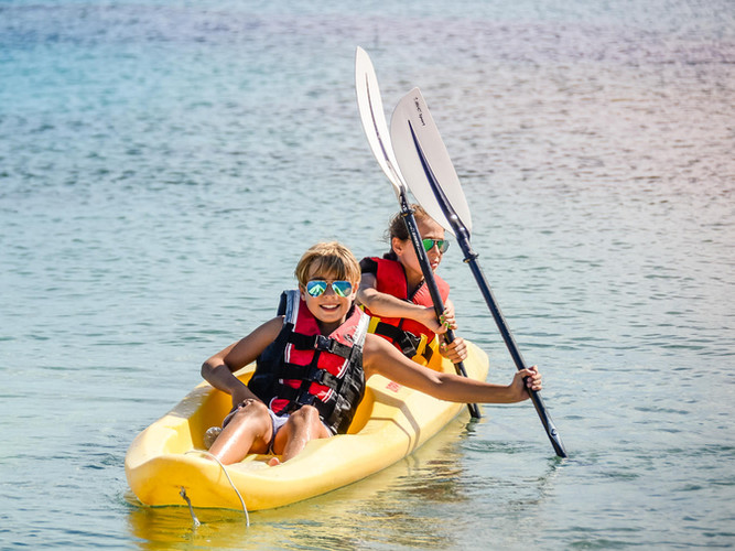 sardegna kayaking-2.jpg