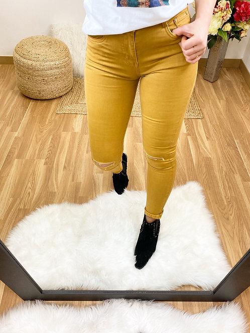 Jeans mostaza rotos