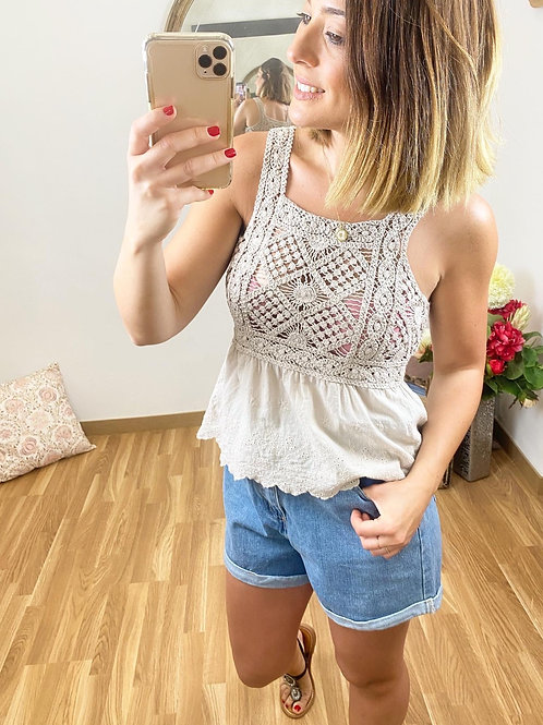 Blusa crochet crema