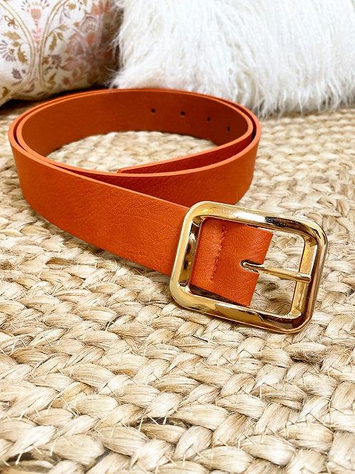 Cinturon naranja hebilla dorada