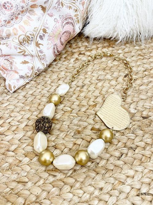 Collar perlas corazón dorado