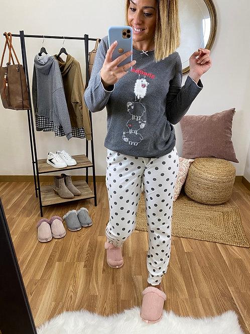 Pijama ovejitas gris oscuro