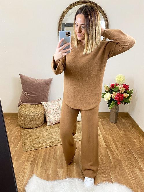 Conjunto Ángela camel