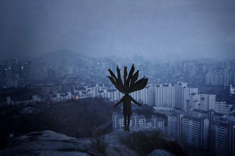 skjerfemannen_i_Seoul_-_blå.jpg