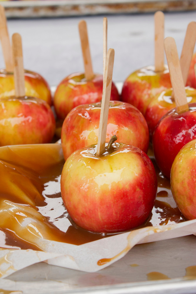 """""""Caramel Apples"""" by Didriks is licensed under CC BY 2.0"""