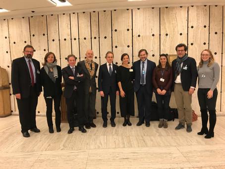 Delegation aus Luxemburg auf der größten jährlichen Versammlung zu Wirtschaft und Menschenrechten
