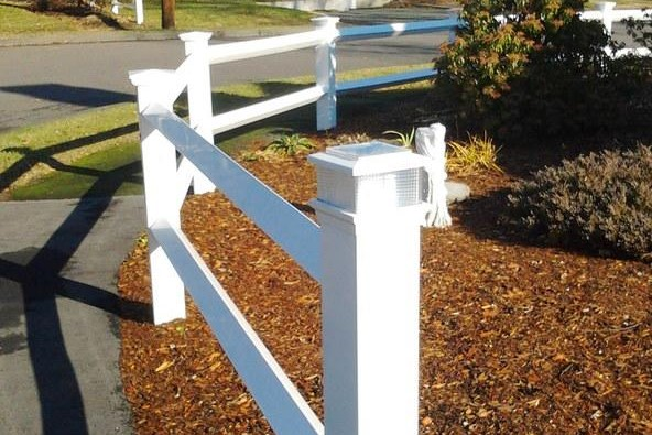 Post & Rail Fence w/ solar cap