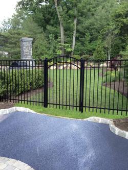 Aluminum Fence: Caprice