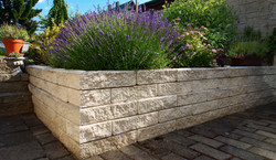Stavoblock planter boundary wall