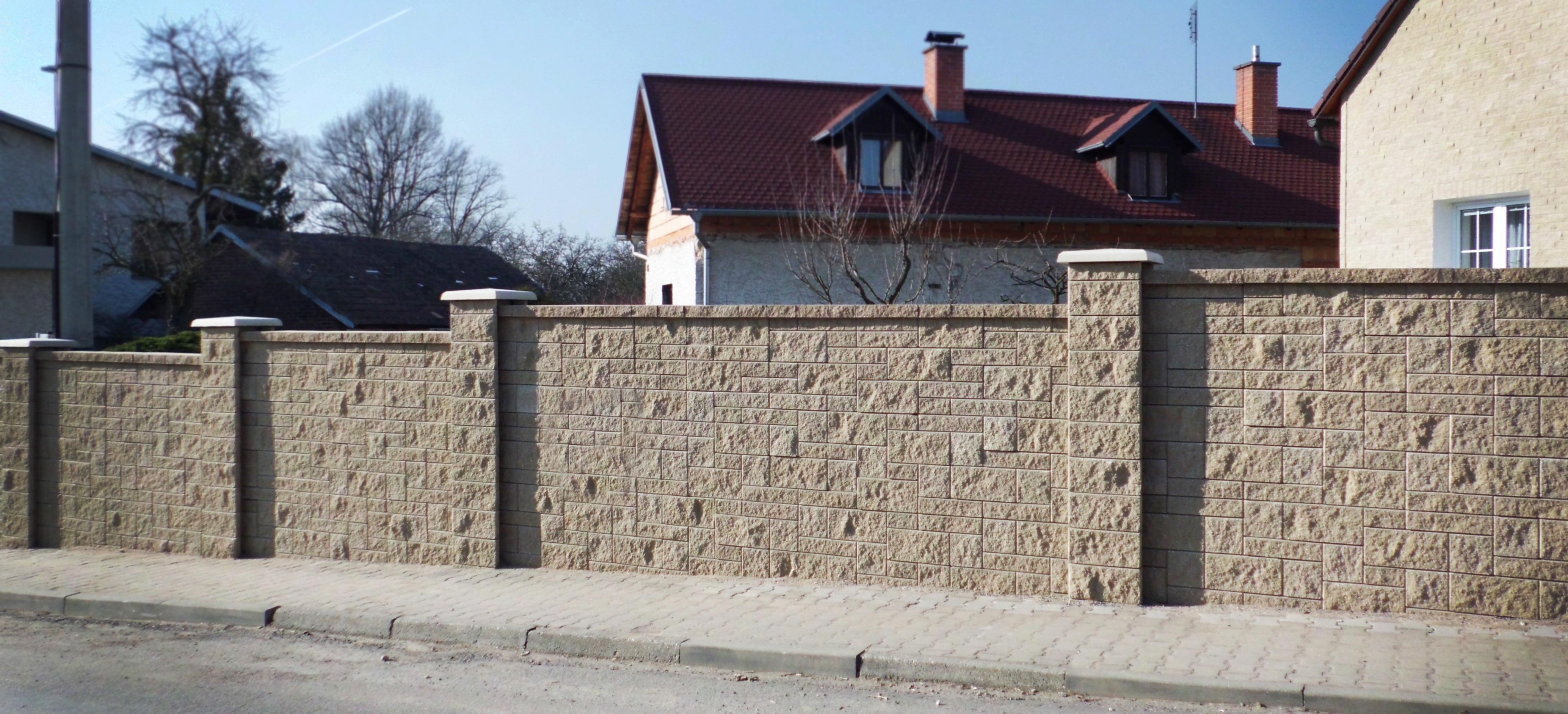 Stavoblock boundary wall