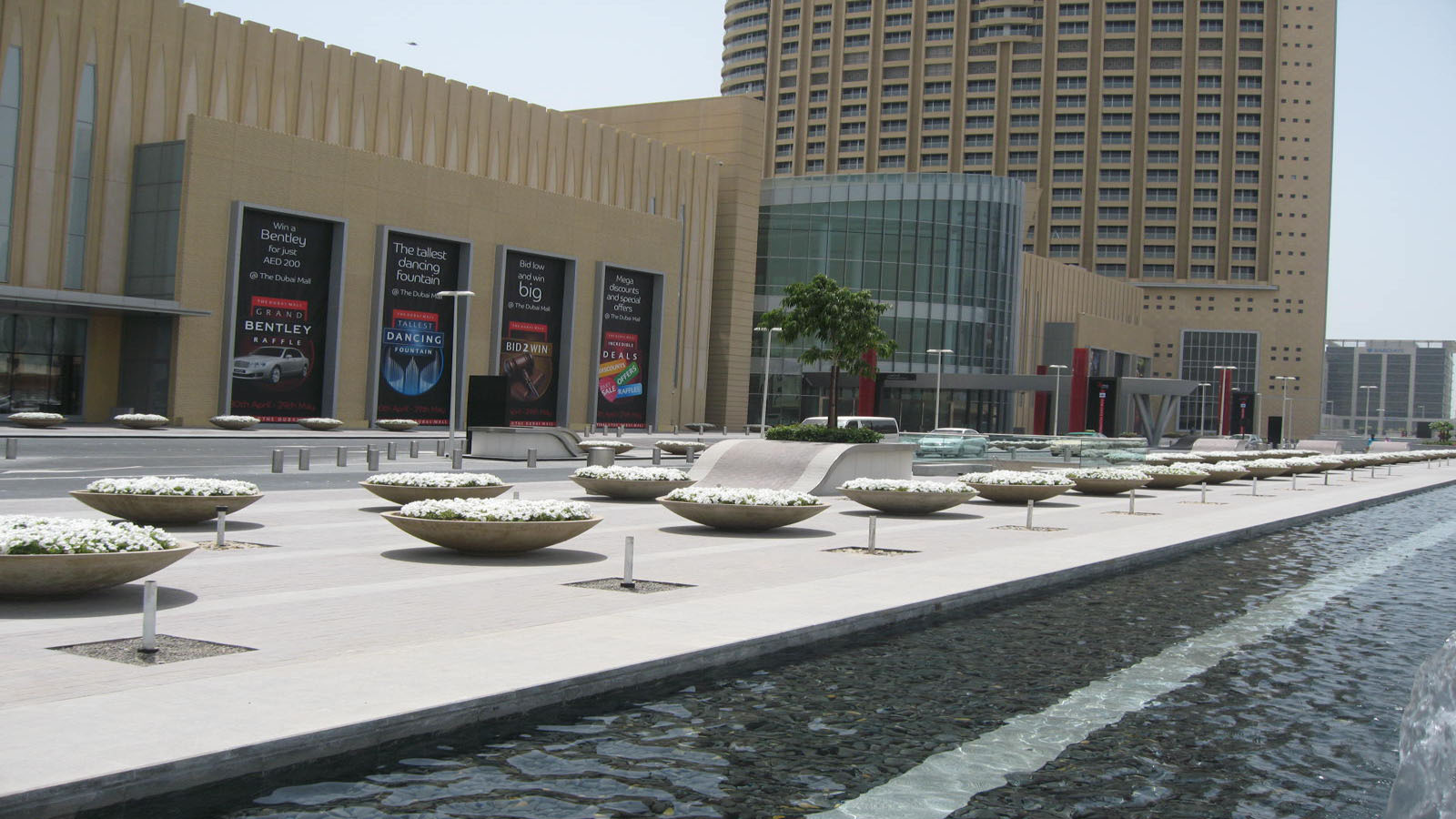 Planter Pots, Dubai Mall