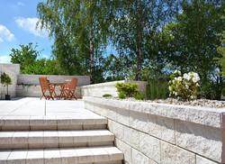 Stavoblock with steps
