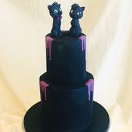 2 Etagen Hochzeitstorte schwarz
