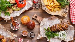 5e2ea2db3066f-French_food_festival_Sight