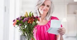 Woman-receiving-flowers