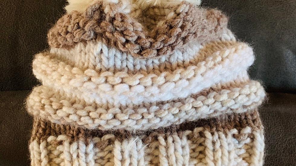 Chunk swirl Pom Pom hat