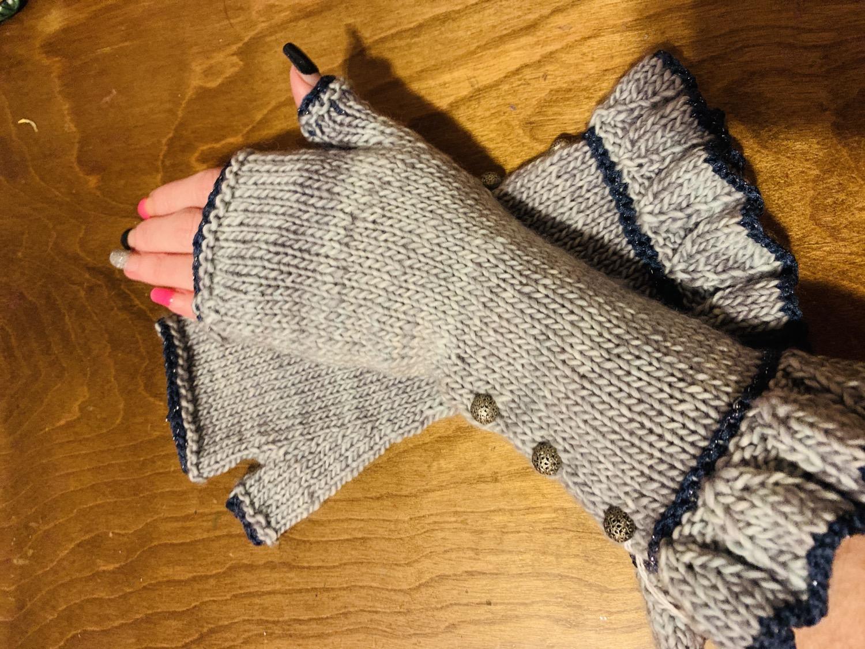 Fancy fingerless gloves