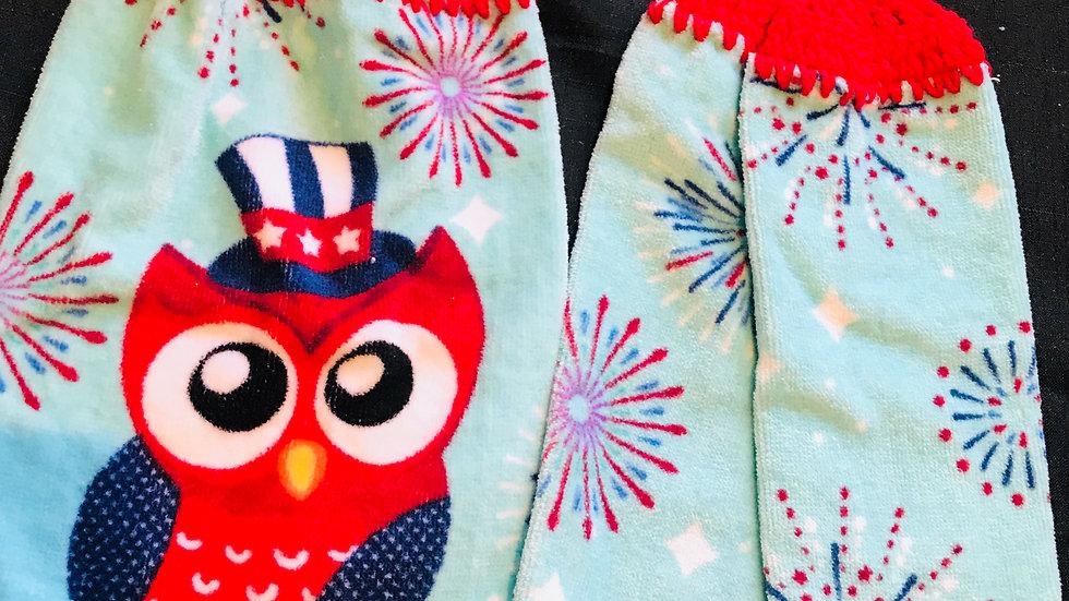 Owl and fireworks crochet towel set