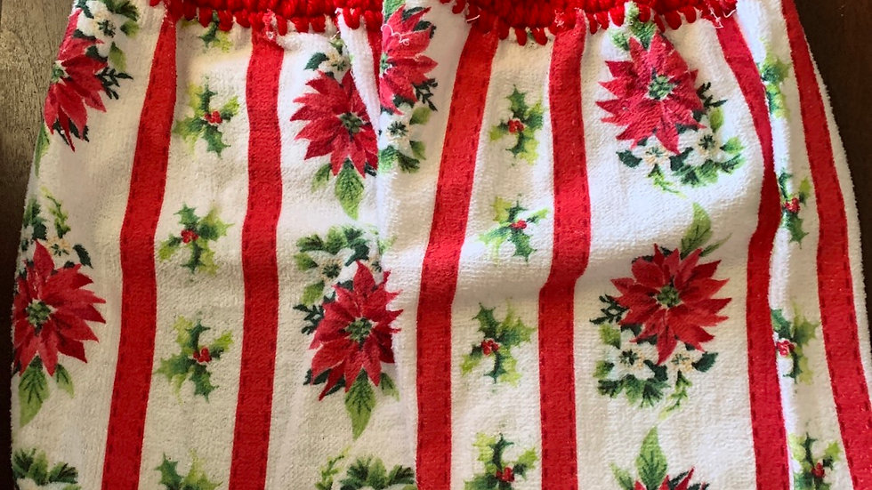 Pionsettia crocheted towel set