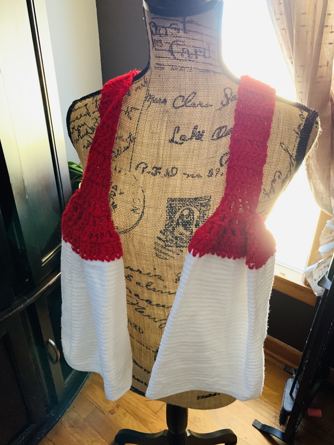 Red scarf towel with simple white towel