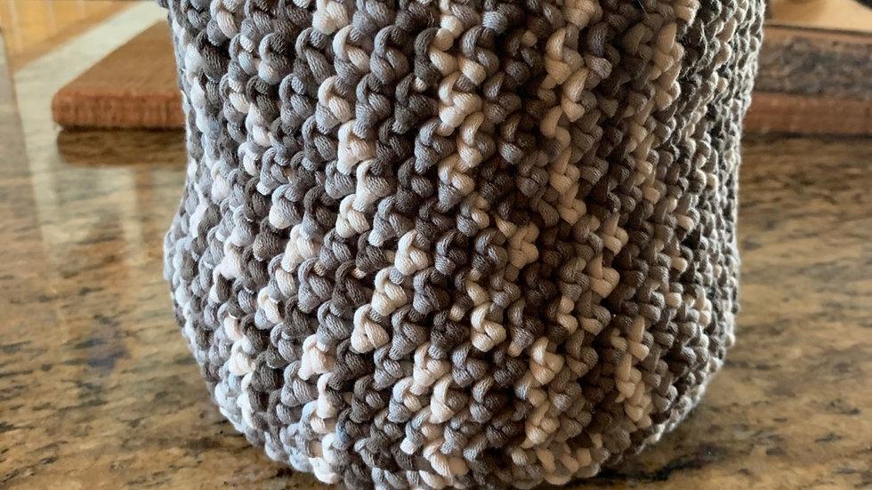 Elegant crocheted decor basket