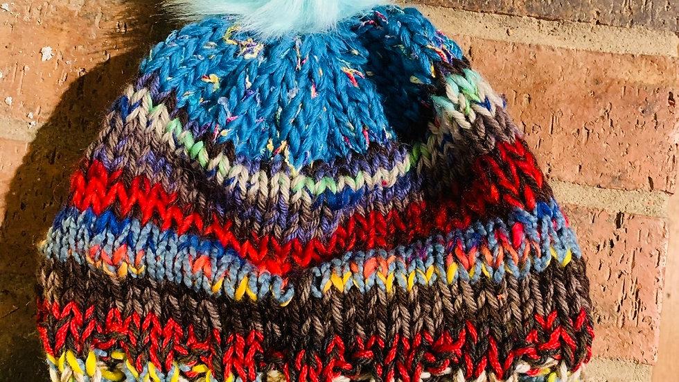 Alpine knit pom pom hat