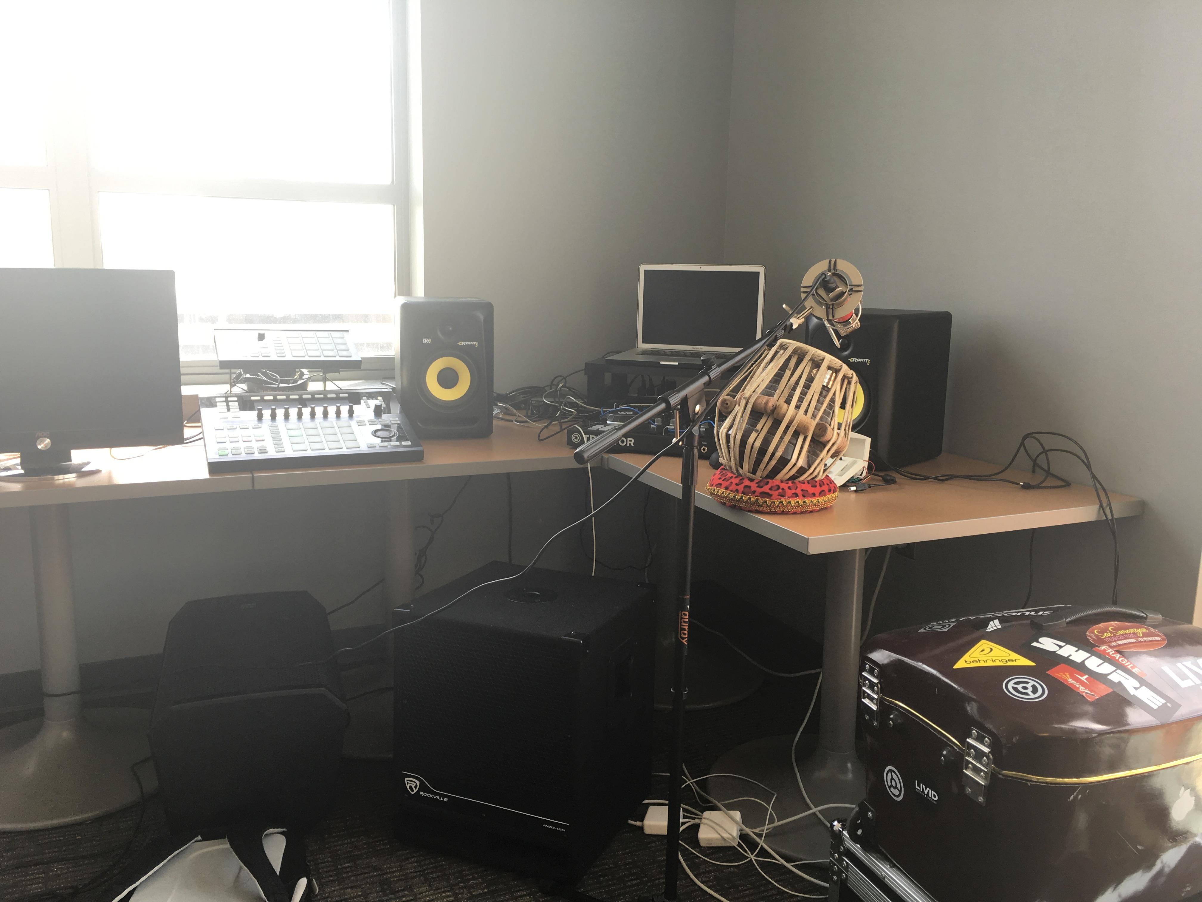 Study Lounge Studio