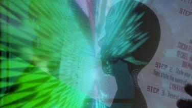 FAZER/REAL   (Make/Real, 2010, 5 min.)  Uma montagem de imagens encontradas sobre robôs no cinema: do nosso amor aos seus medos, da nossa criação à sua destruição.  DATA E HORÁRIO DE EXIBIÇÃO - CINEMATECA DO MAM  20/07 - 20H30