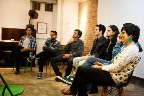 Mesa redonda com os criadores dos vídeos selecionados.  Round table with creators of the selected videos.  Photo: Ribas - foto e vídeo