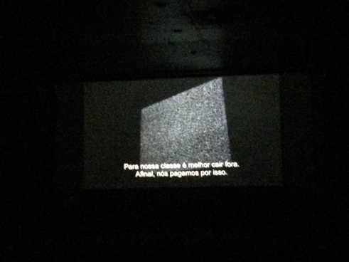 """""""Protocolo Spikes"""", no auditório da Cinemateca.  """"Protocolo Spikes"""", in the cinema auditorium of the Cinematheque.  Photo: Pedro Tavares"""
