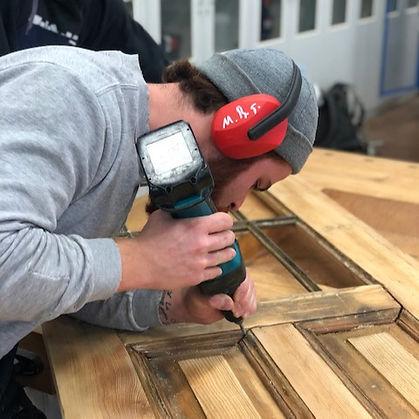 Holzreparatur mit den Azubis der Klasse T18.04
