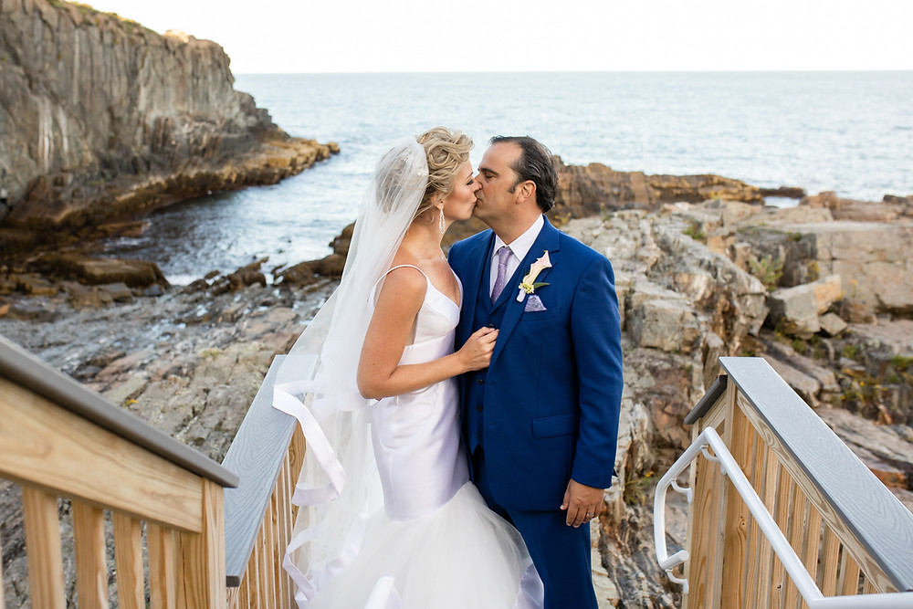 Cliff House Maine Wedding Photographer
