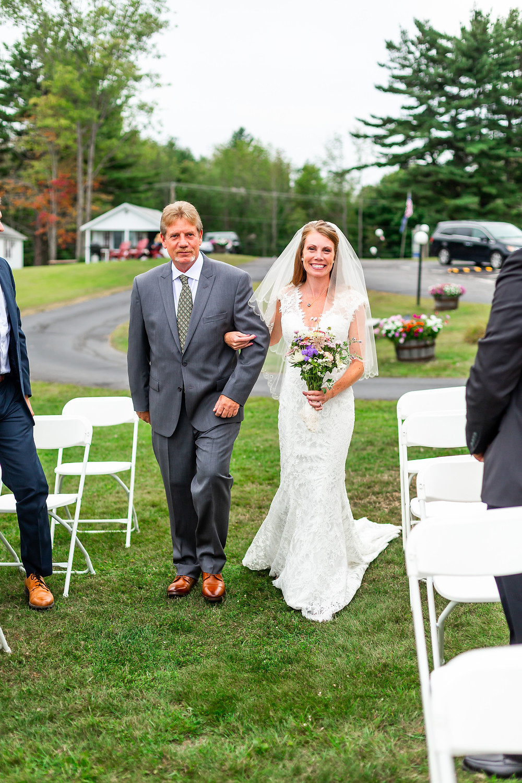 Wedding photos taken by New Hampshire Wedding Photographer Elizabeth Ivy Photography.