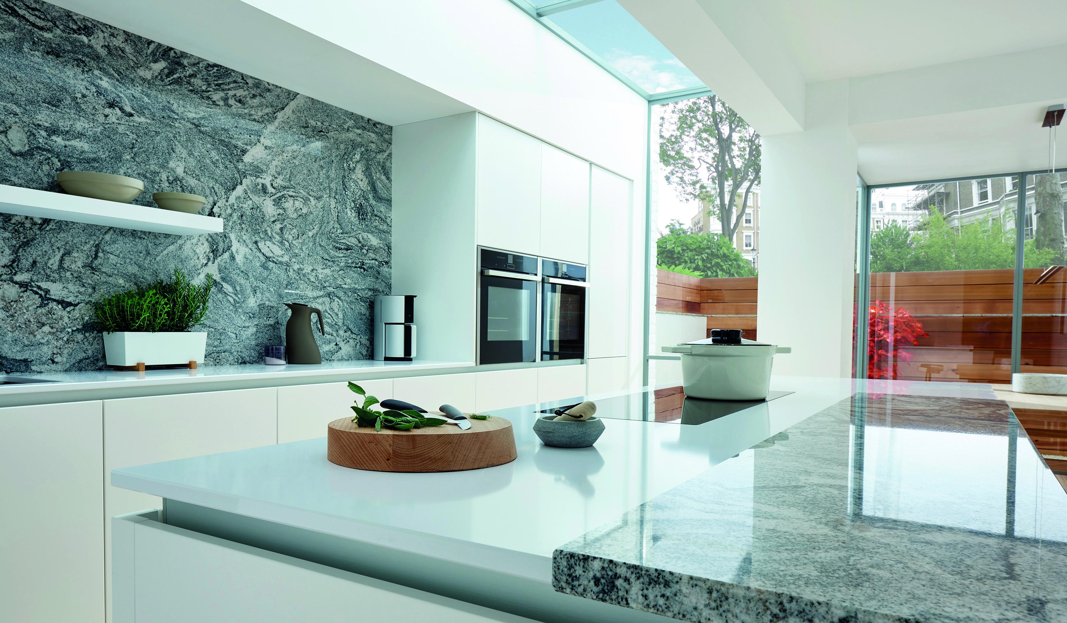 Bellever Kitchen in Matt White (1)