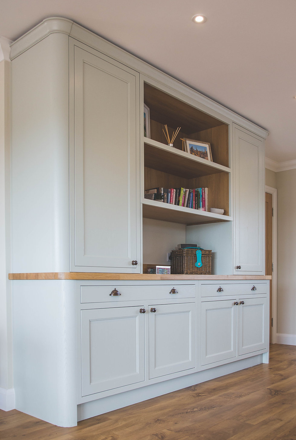 In-Frame Shaker Kitchen with Green Kitchen Units