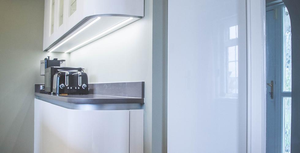Modern Gloss Kitchen (4).jpg